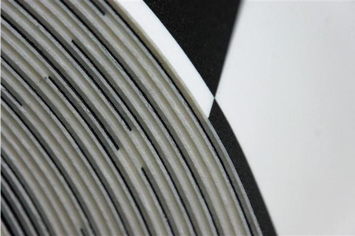 wykladzina-pcv-26mm-echiquier-2-black-wh